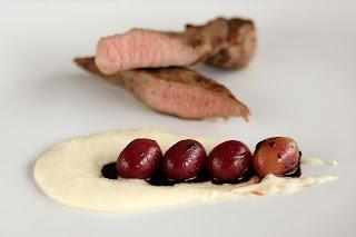 bárány bárányhús bárányfilé fehér hagyma krém hagymakrém vörösbor redukció vörösborredukció szőlő