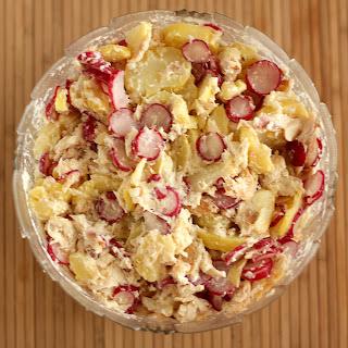 krumplisaláta újkrumpli saláta füstölt pisztráng füstölt hal retek torma