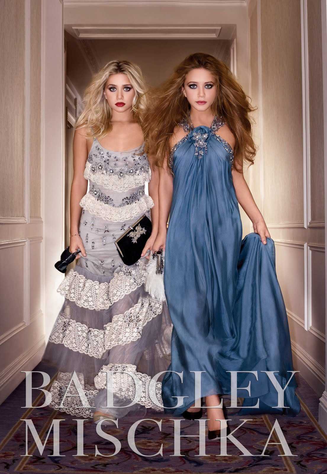 http://2.bp.blogspot.com/_A0TN1-sv2hQ/S9hhbnuN_gI/AAAAAAAAADk/h7QK-7f_AEg/s1600/mary-kate-ashley-olsen-badgley-mischka-ad-hq-02.jpg