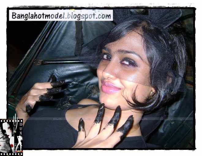 Bangladeshi Hot Model And Actress Wallpaper