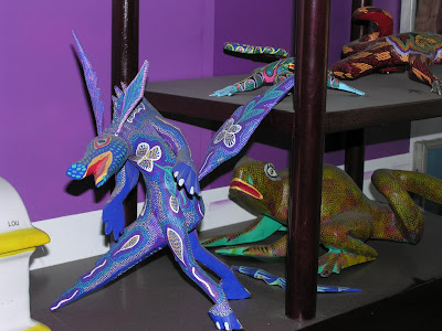 forum mexique afficher le sujet artisanat mexicain alebrijes. Black Bedroom Furniture Sets. Home Design Ideas