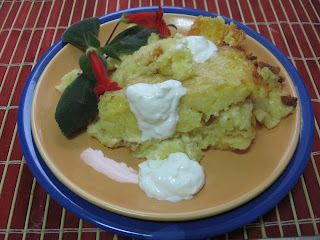 Articole culinare : Mamaliguta cu branza si smantana la cuptor