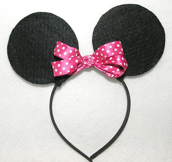 Is not an official disney minnie mouse keywords minnie mouse party hat