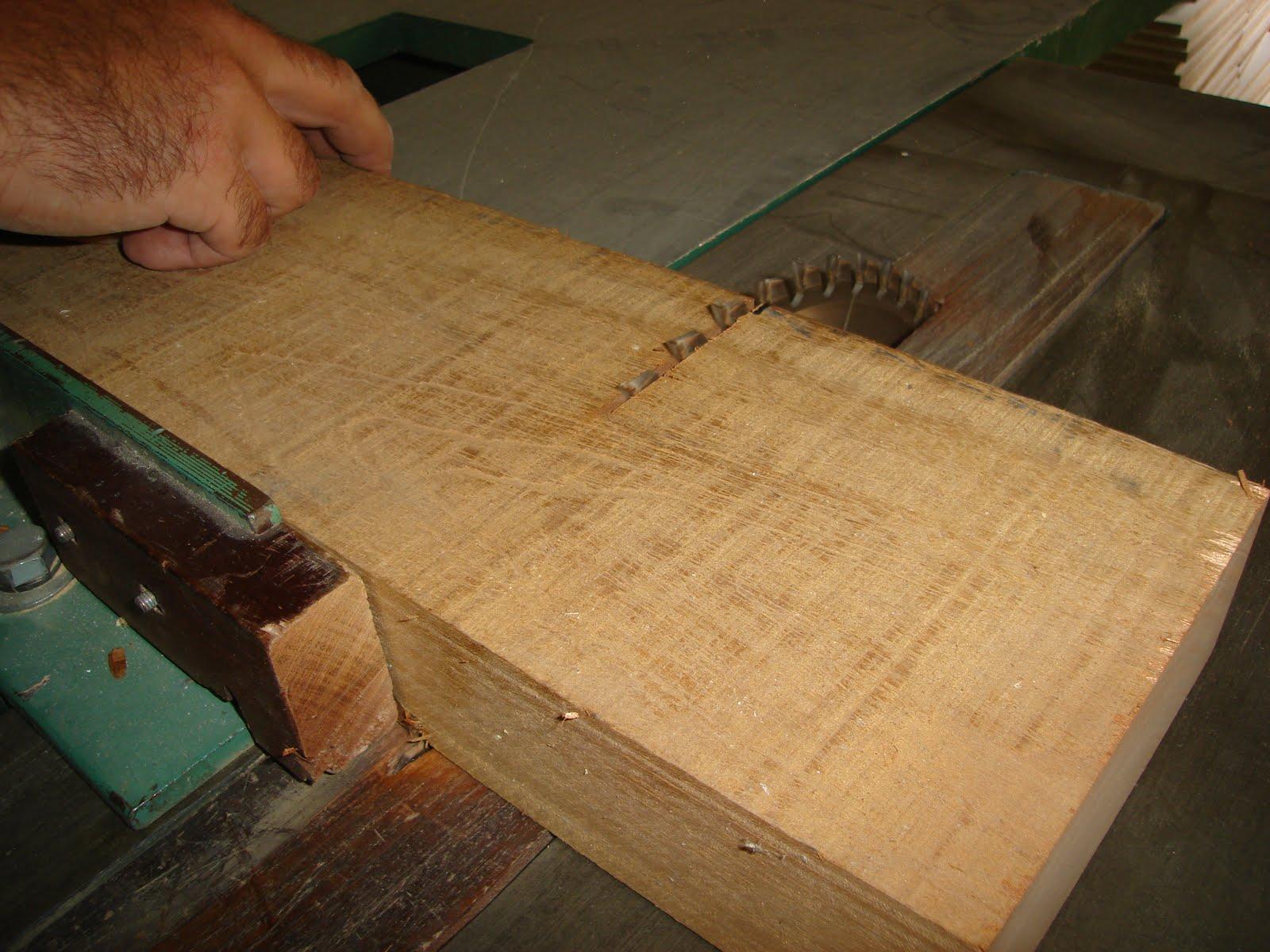 Carlos lopez casanello construcci n caja de madera para - Corte de madera a medida ...