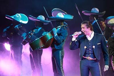 Alejandro Fernández en concierto