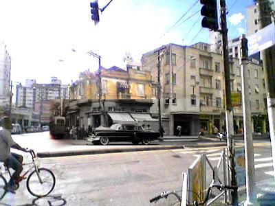 Montagem sobre fotos, colorida de Emilio Pechini e a em preto e branco, do acervo do historiador Waldir Rueada dos arquivos da polícia