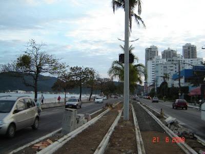 Obras de implantação da ciclovia - trecho Ponta da Praia