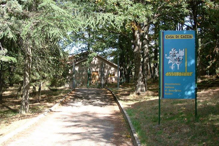 Basi e case scout in europa base bosco mazzocca for Aprire i piani casa a due piani di concetto