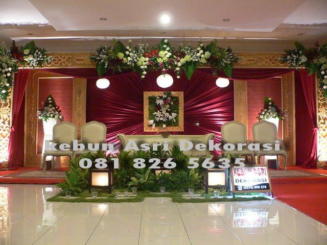 Kebun asri dekorasi pernikahan dekorasi pernikahan di lpp for Dekorasi party di hotel