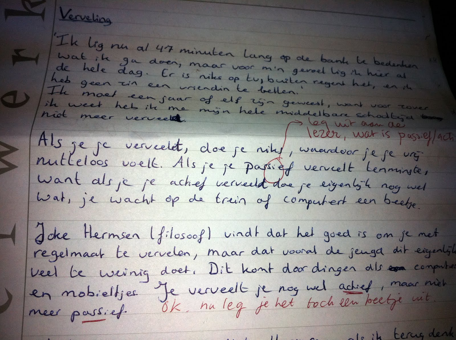 essay voorbeelden Descriptive essay samples one of the most popular forms of essays, it is important to grasp how to write one look at our samples of descriptive essays to understand how to write them on your own my room  the door is white, with some scratches at the bottom from my pug scraping it with her claws my pug scratches the door when she.