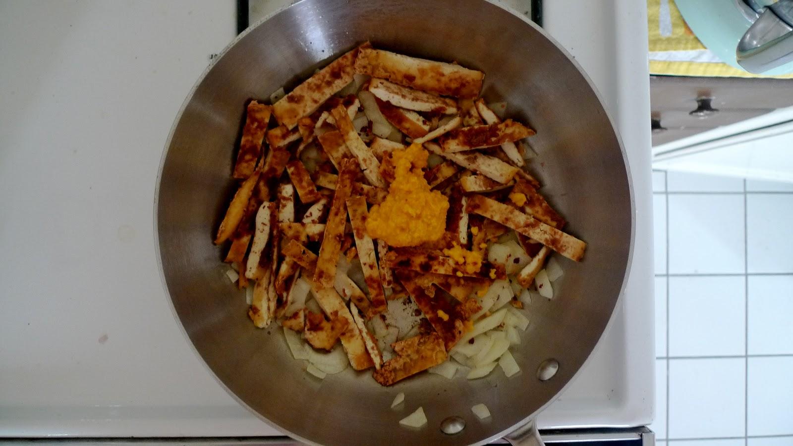 Bon Appétempt: Almond Tofu with Snap Peas and Soba Noodles