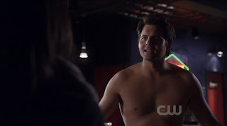 Kristoffer Polaha Shirtless on Life Unexpected s1e06