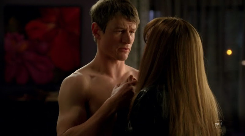 Philip Winchester Shirtless on Fringe s2e22