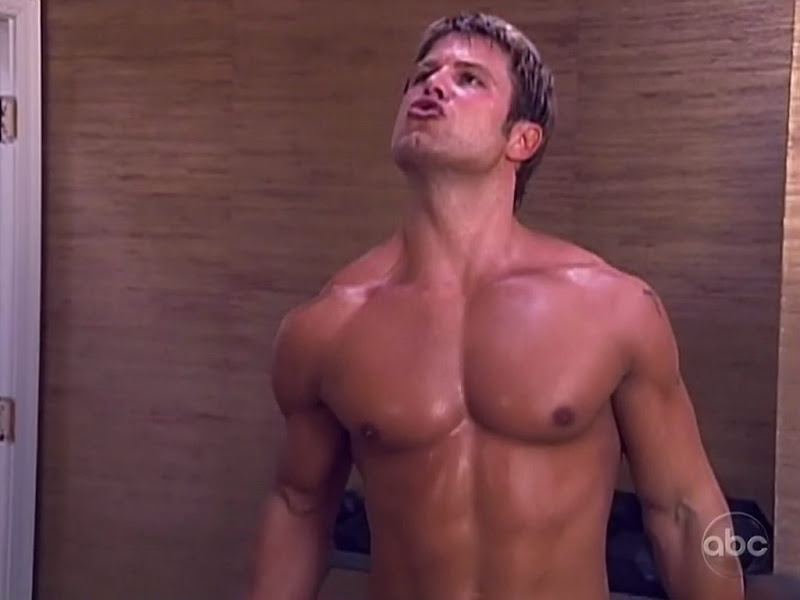 Craig Franczyk Shirtless on True Beauty s2e03