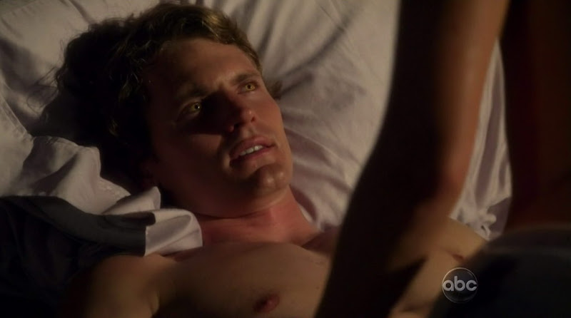 Josh Pence Shirtless on The Gates s1e07