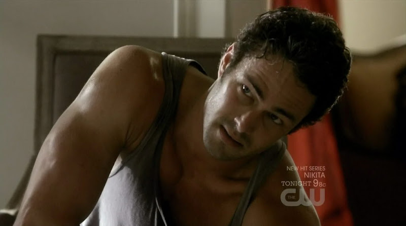 Michael Trevino and Taylor Kinney Shirtless on The Vampire Diaries s2e02