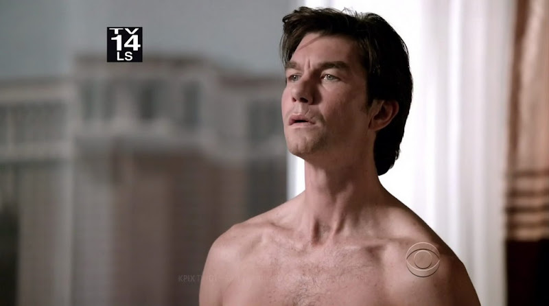 Jerry OConnell Shirtless on the Defenders s1e01