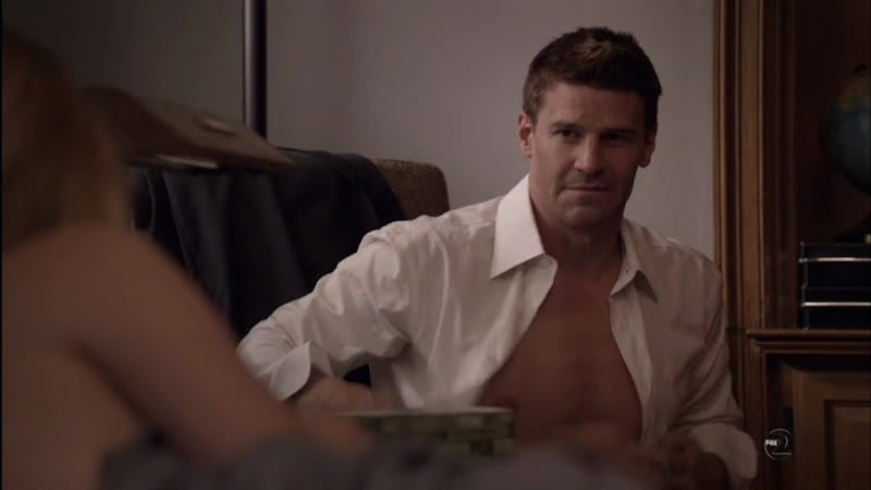 David Boreanaz Shirtless on Bones s6e02