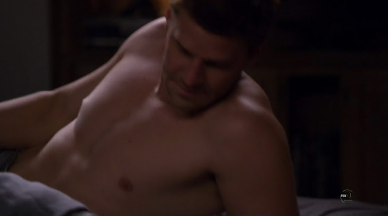 David Boreanaz Shirtless on Bones s6e03