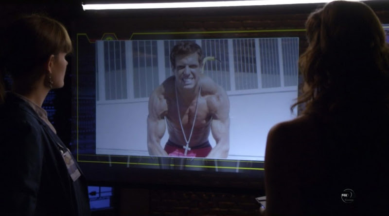Anthony Pumilio Shirtless on Bones s6e03