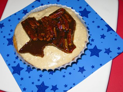 [kimmie+iron+cupcake]