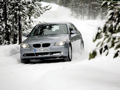 BMW Car Standard Resolution Wallpaper 18
