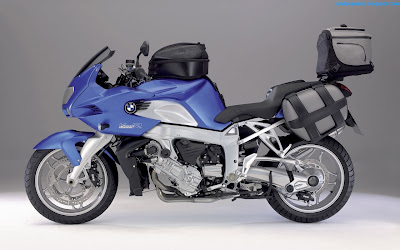 Blue Sports Bike Widescreen Wallpaper