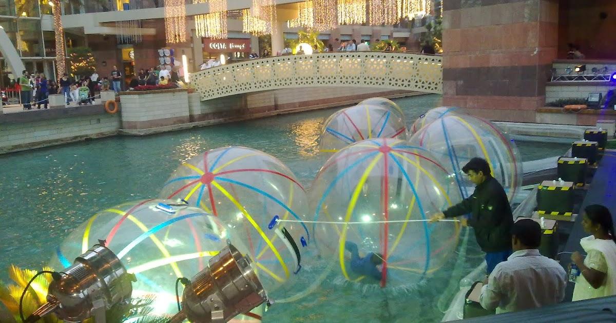 earsplease water balls at dubai festival city. Black Bedroom Furniture Sets. Home Design Ideas