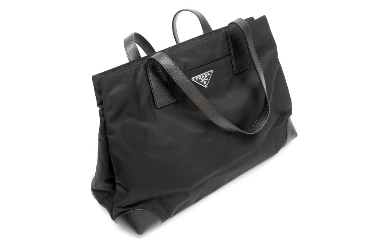 black and white prada bag