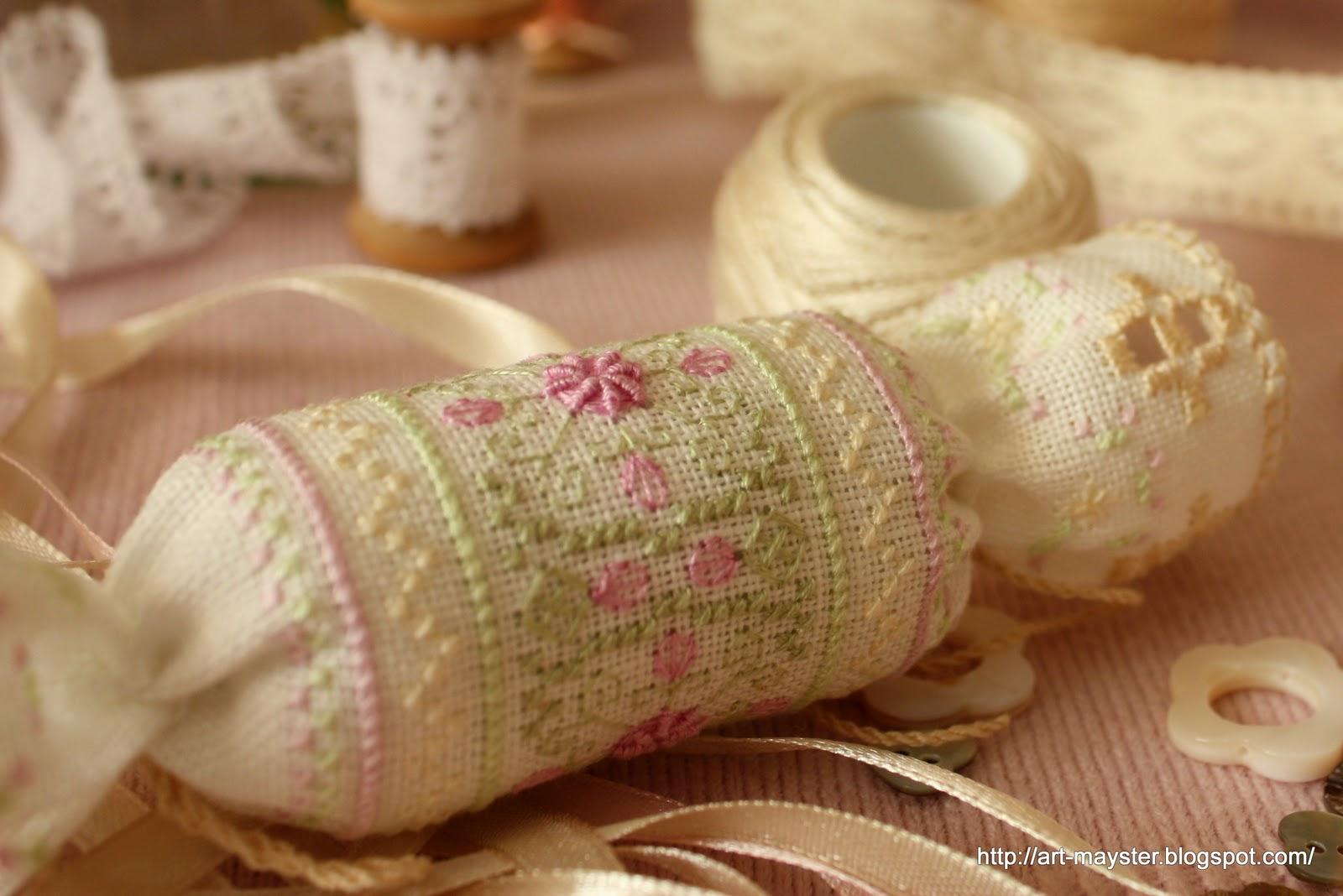 Конфетка с вышивкой