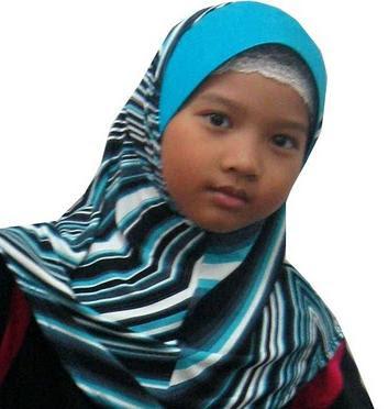 Small Hijab Girl