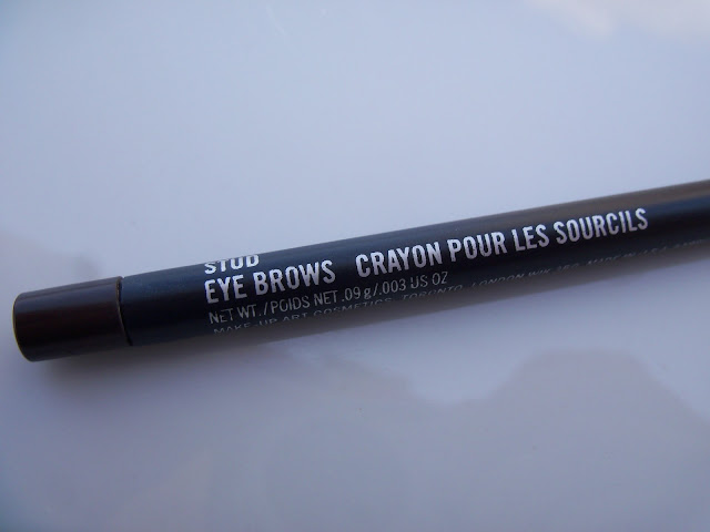 shaping eyebrows with mac stud eyebrows crayon pour les sourcils review. Black Bedroom Furniture Sets. Home Design Ideas