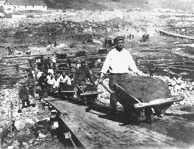 La carretera de los huesos-El otro Holocausto
