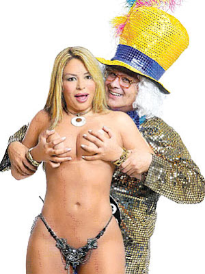 Cl O Cadillac Afilhada De Rita Est Na Playboy Mar