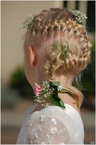 Between You And Me..... Little Girlu0026#39;s Hairstyle