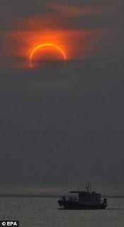 Foto Gerhana Matahari Januari 2010 Dari Berbagai Negara ! Gerhana%20matahari%20Januari%202010-5