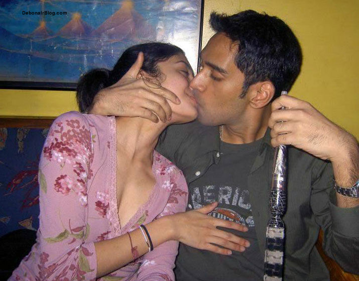 Indian House Wifes Hot Pics