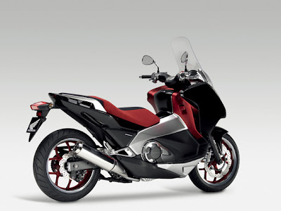 2011 Honda Mid Concept Scooter