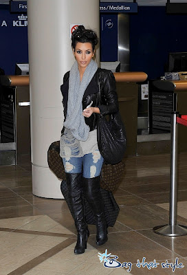 Kardashian  on Kim Kardashian Looks Totally Glam At The Airport With Louis Vuitton