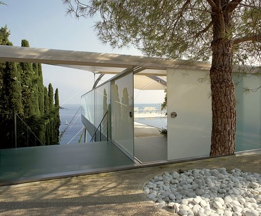 neocribs Norman Foster Modernist House on the Mediterranean