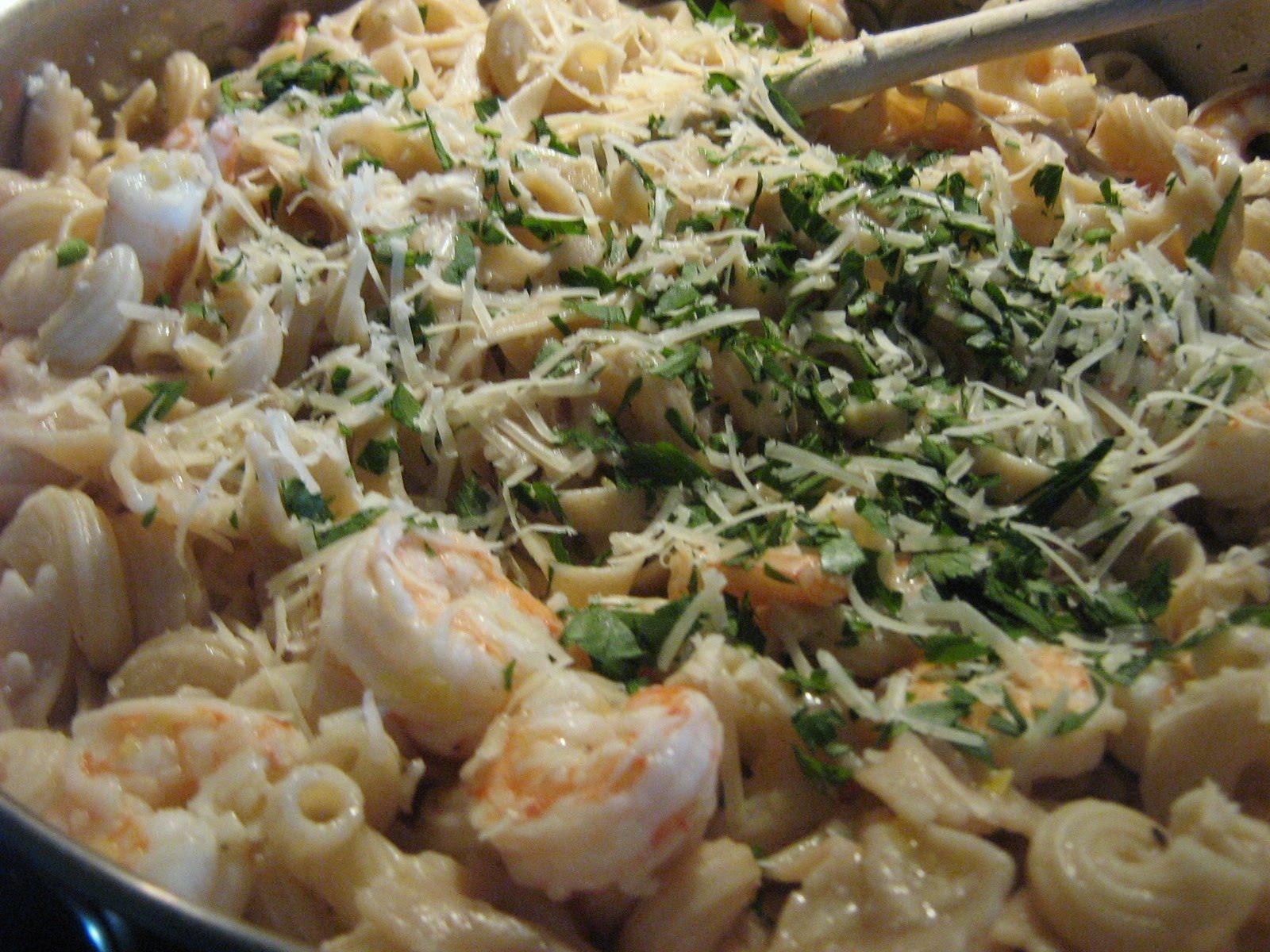 Janis Cooks: Linguine With Shrimp Scampi