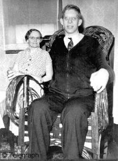 Robert Wadlow - World's Tallest Man