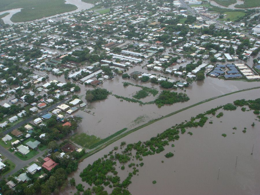 satellite images of qld floods
