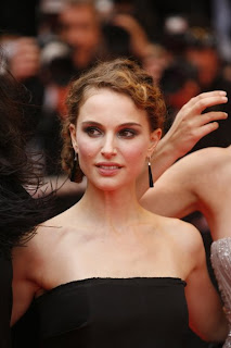 Hollywood Actress Latest Hairstyles, Long Hairstyle 2011, Hairstyle 2011, New Long Hairstyle 2011, Celebrity Long Hairstyles 2313