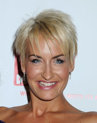 most short hairstyles for women over 40