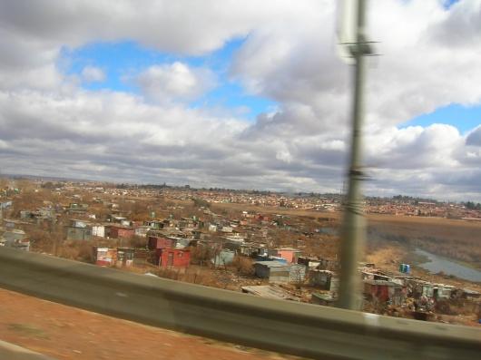 [Imagen: barrios+pobres+de+chile.jpg]