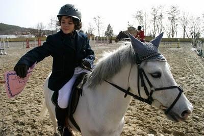 състезание с коне тодоровден