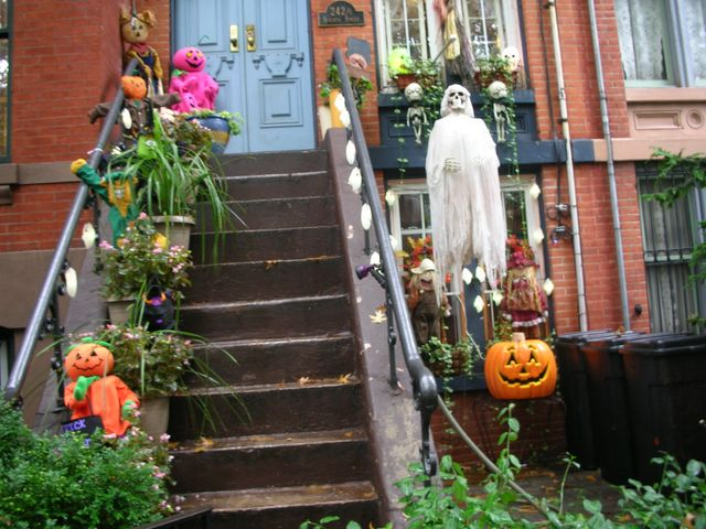 Decoration halloween quebec for Deco maison halloween