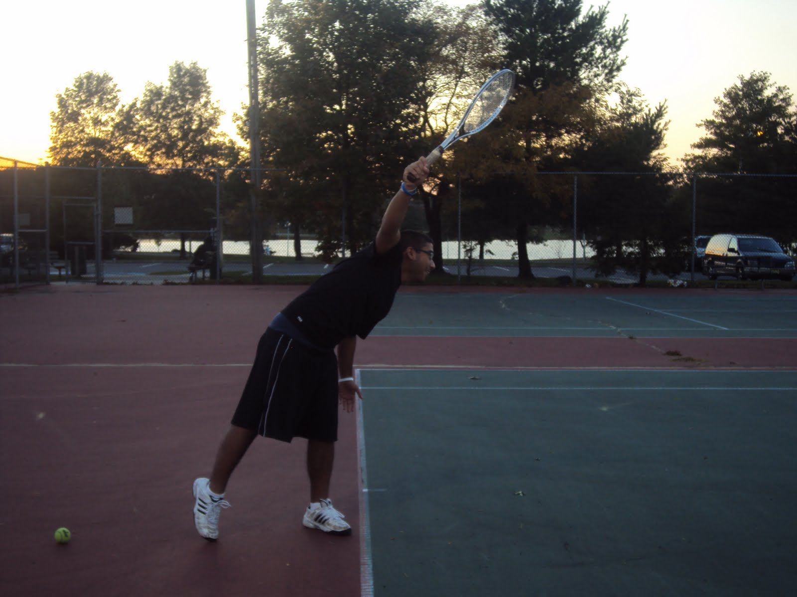 kinesiology of a tennis serve Upper limb biomechanics during the volleyball serve for female athletes performing tennis serves or limb biomechanics during the volleyball serve and.