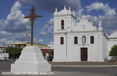 Igreja de  Nossa Senhora do Rosário ... centenária é construída em pedras feita pelos índios....